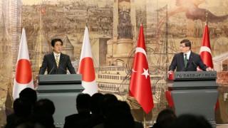 【パリ同時多発テロ】トルコ訪問中の安倍首相、強い非難と追悼の意を表明