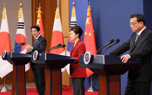 151101 日中韓首脳共同記者発表2