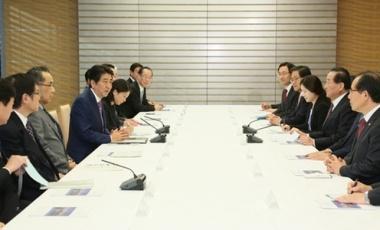 160113韓日議員連盟幹部一行による安倍総理大臣表敬2