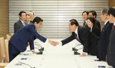 160113韓日議員連盟幹部一行による安倍総理大臣表敬