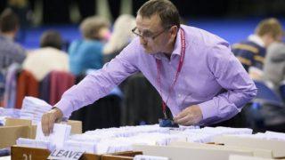 EU離脱問うイギリス国民投票、離脱派勝利!