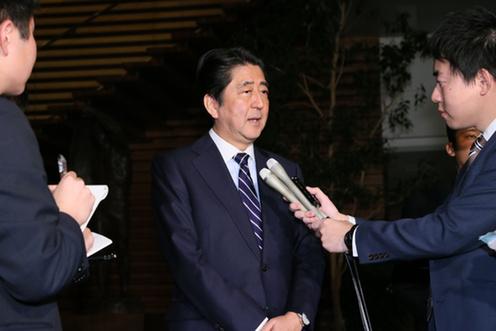 161109_ドナルド・トランプ次期大統領選出_会見を行う安倍総理