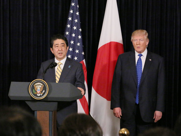 日米共同記者発表